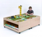 Playing table with drawers 104x77x51 cm